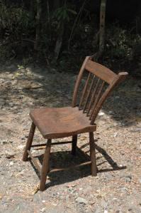 chaise cowboy artisanale bois de teck ancien piece unique